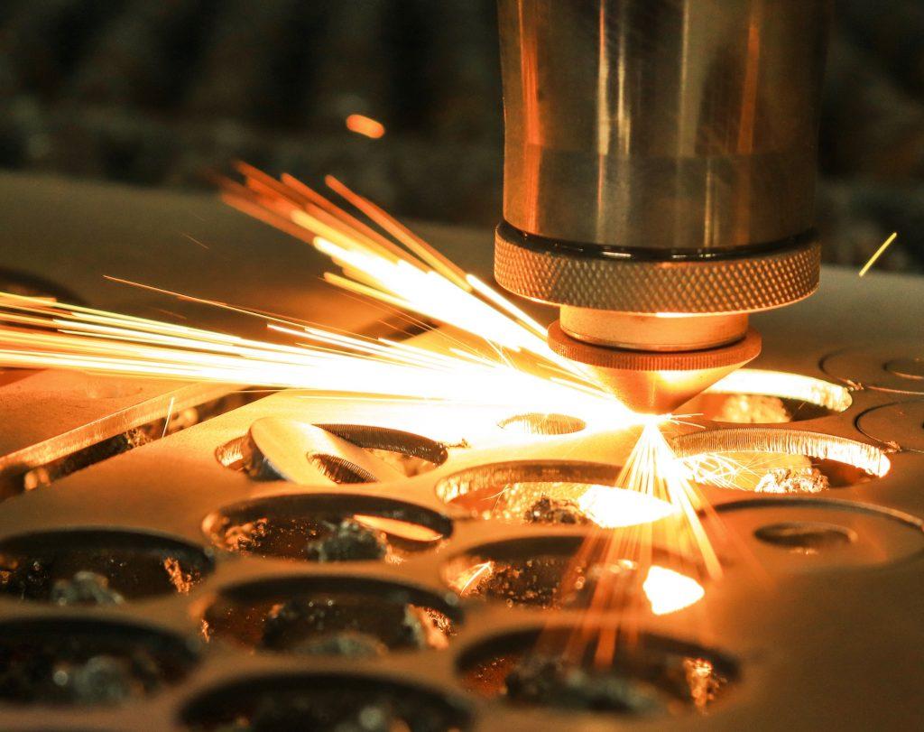 laser-cut-metal-4373878